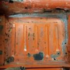 Fahrzeugboden und Kardantunnel